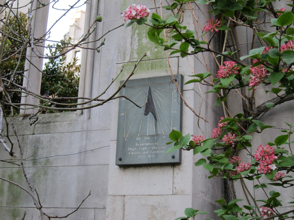 St Dunstan in the East sundial