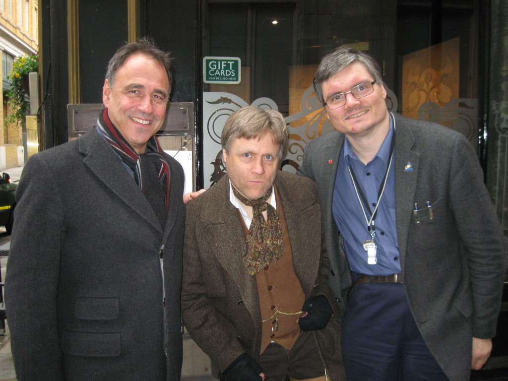 Anthony Horowitz, Gary the 'One-legged Newspaper Seller', and Footprints of London guide Robin Rowles